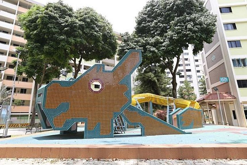 The dragon playground in front of Block 570/571 Ang Mo Kio Avenue 3. It was designed by Mr Khor Ean Ghee, former Housing Board playground designer of Housing Board, and is estimated to have completed in 1978. -- PHOTO: MY PAPER FILE