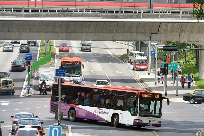 Both SBS Transit and SMRT bus operators have welcomed the new contracting model. -- PHOTO: ST FILE