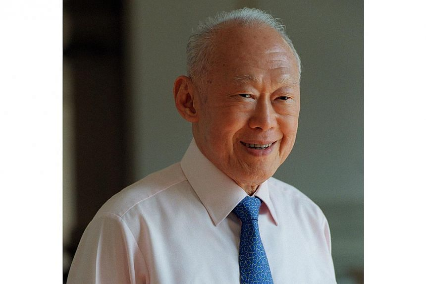 Former prime minister Lee Kuan Yew has received an honorary doctorate from the Russian government for promoting relations between the federation and the rest of the world. -- PHOTO: ST FILE