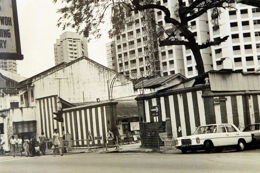 The old temple before a new one was built in the 1980s. -- ST PHOTO: NEO XIAOBIN
