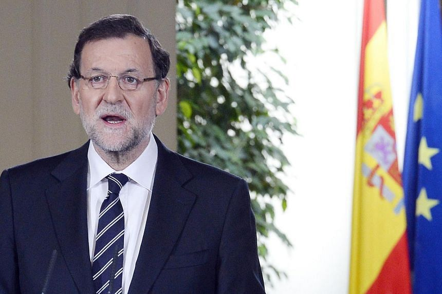 Spanish Prime minister Mariano Rajoy announces the abdication of Spain's King Juan Carlos on June 2, 2014 in Madrid.Spain's Prime Minister Mariano Rajoy warned on Tuesday, June 3, 2014, that a referendum on the future of the monarchy, demanded