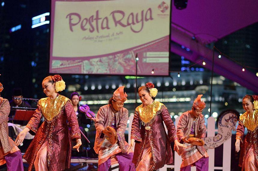 Veteran dancers from Sriwana performing 'Tandak Temurun', a performance held at the Esplanade in last year's Pesta Raya.Malay arts festival Pesta Raya at the Esplanade will be back from August 28 to 31, bringing music, theatre and culture from