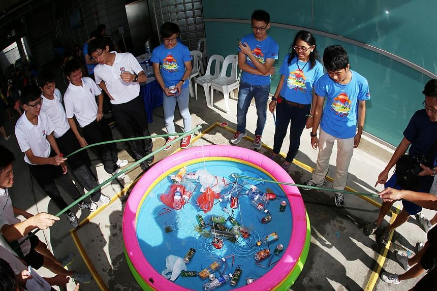 Students take part in the world of wonders challenge.-- PHOTO:SINGAPORE POLYTECHNIC