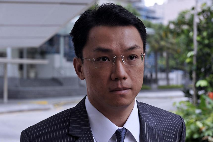 Law professor Tey Tsun Hang, arriving in court on Day 3 of his sex-for-grades trial on 14 January 2013. -- PHOTO: ST FILE