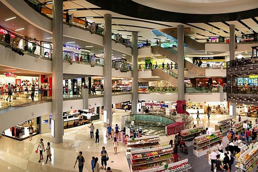 Retailers in Singapore had a dismal April, with retail sales dropping 9 per cent over a year ago and 0.7 per cent over March. -- PHOTO: FRASERS