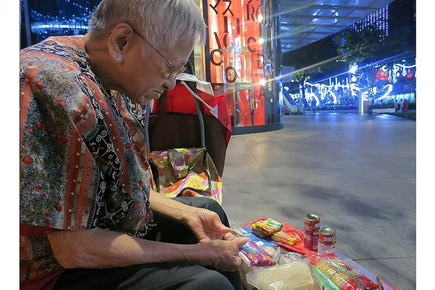 Madam Tay Yeow Kwee, or more affectionately known as Aunty Cineleisure, died on Tuesday evening. She was fondly remembered by many people who frequented the popular mall. -- PHOTO:ELSON SOH