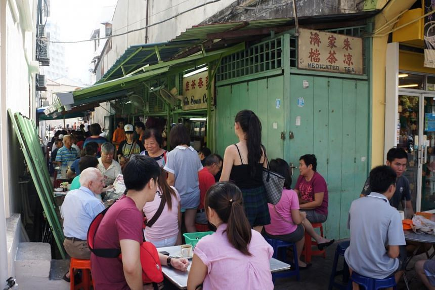 A shop selling medicated tea alongCampbell Street in George Town.-- PHOTO: CAROLYN HONG