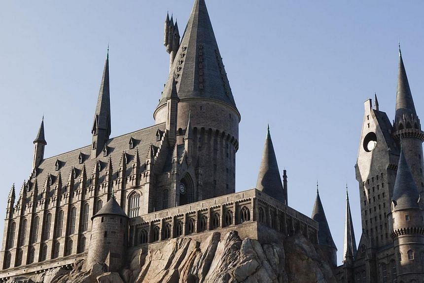 Universal Orlando kicks off previews on Wednesday of its much anticipated Diagon Alley, a second Harry Potter-themed attraction that is expected provide a boost for the park's revenues and for tourism in central Florida. -- PHOTO:2010 UNIVERSAL