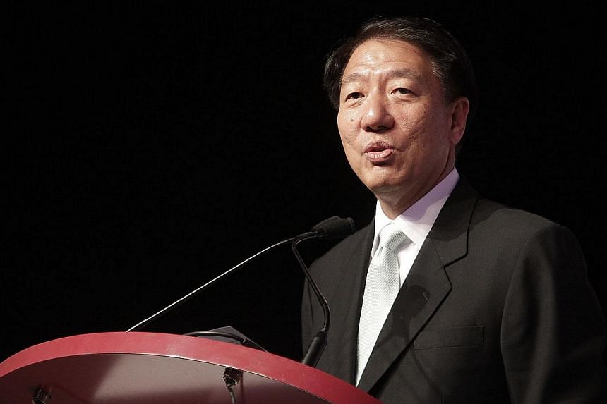 Singapore needs to continue positioning itself as the first port of call for both global and Asian businesses seeking to expand their regional reach, said Deputy Prime Minister Teo Chee Hean. -- PHOTO: ST FILE