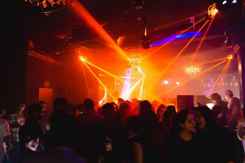 Chateux is the only club lounge and dance club in the area that offers VIP bottle service and spins commercial electronic dance music. -- PHOTO: COURTESY OF CHATEAUX