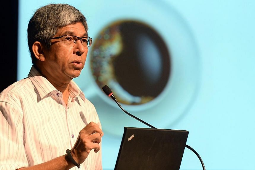 Minister-in-charge of Muslim Affairs Yaacob Ibrahim yesterday urged Singaporeans to be big-hearted and to accommodate differences in opinions and choices to avoid dividing society. -- PHOTO: BERITA HARIAN FILE
