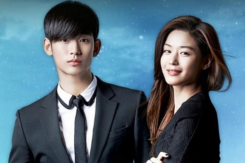 The two stars from the hit Korea drama My Love From The Star Kim Soo Hyun (left) and Jun Ji Hyun are seeking to revoke their contracts for a controversial Chinese advertisement, a move that could potentially result in tens of millions of won in penal