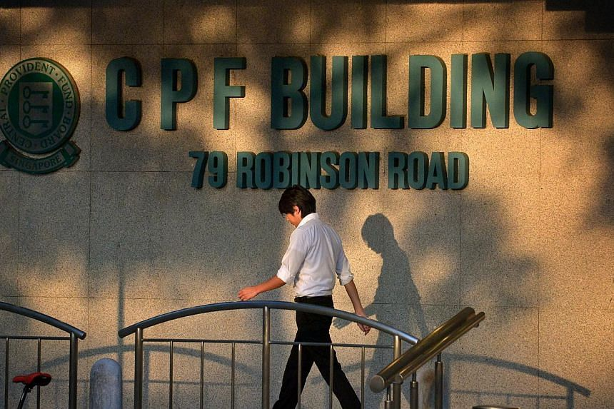 Central Provident Fund (CPF) members will continue to earn an interest rate of four per cent per annum on their Special and Medisave accounts from July 1 to Sept 30, 2014. -- ST PHOTO: KUA CHEE SIONG