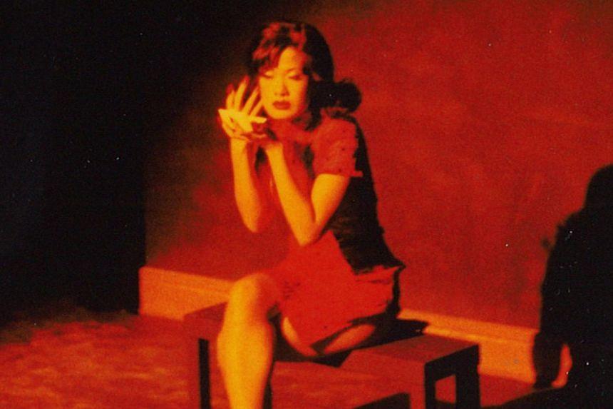 Karen Tan as Mimi Fan in a 1990 revival of Mimi Fan (1962) by Lim Chor Pee. -- PHOTO:THEATREWORKS (SINGAPORE) LTD