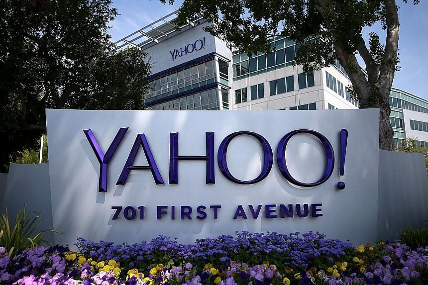 Internet giant Yahoo has put in a bid of around US$250 million (S$313.1 million) to buy Fullscreen, a company which creates content for YouTube channels, Britain's Sky News reported on Thursday. -- PHOTO: AFP