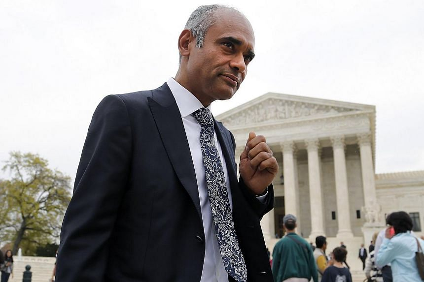 Aereo CEO and Founder Chet Kanojia departs the US Supreme Court in Washington, in this April 22, 2014 file photo. -- PHOTO: REUTERS