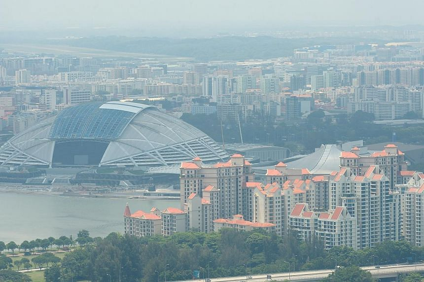 Organisers of next year's SEA Games which will take place here, will build in buffers into the competition schedule, or move some events indoors, in case the haze causes events to be disrupted. -- ST PHOTO: NG SOR LUAN