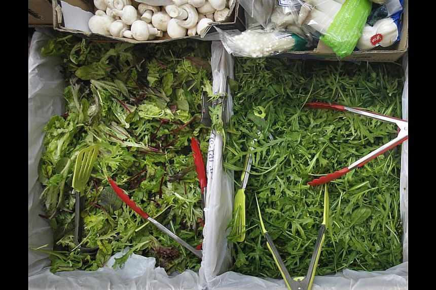 Stalls in Tekka Centre are offering kale, endives and salad leaves (above). -- ST PHOTO: KEVIN LIM