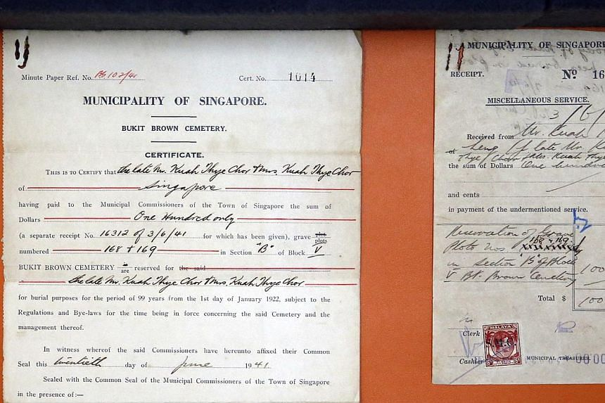 Certificates and receipts regarding burials and the lease of burial plots in Bukit Brown Cemetery.