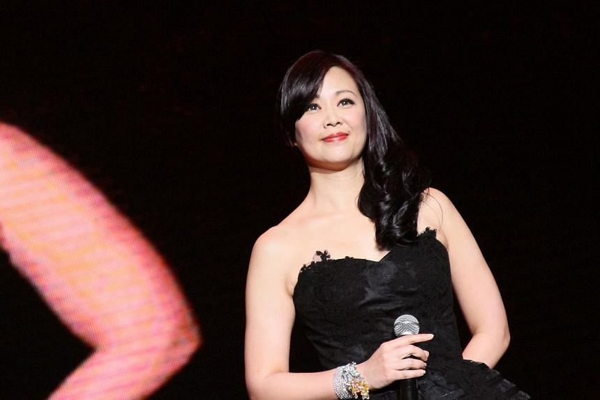 Linda Wong performs at Polygram Forever Live Concert in Singapore 2014.-- PHOTO : AMC LIVE