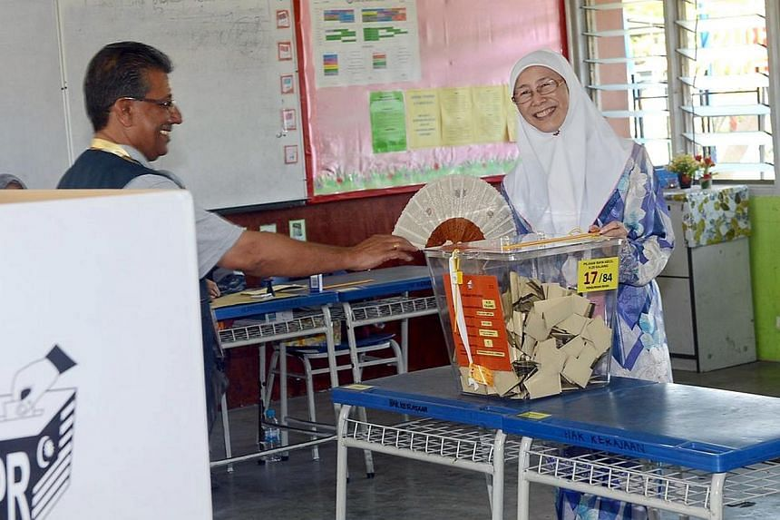 Dr Wan Azizah Ismail, president of Malaysia's opposition Parti Keadilan Rakyat (PKR), won the Kajang state seat in a by-election on March 23, 2014.-- PHOTO:CHINA PRESS