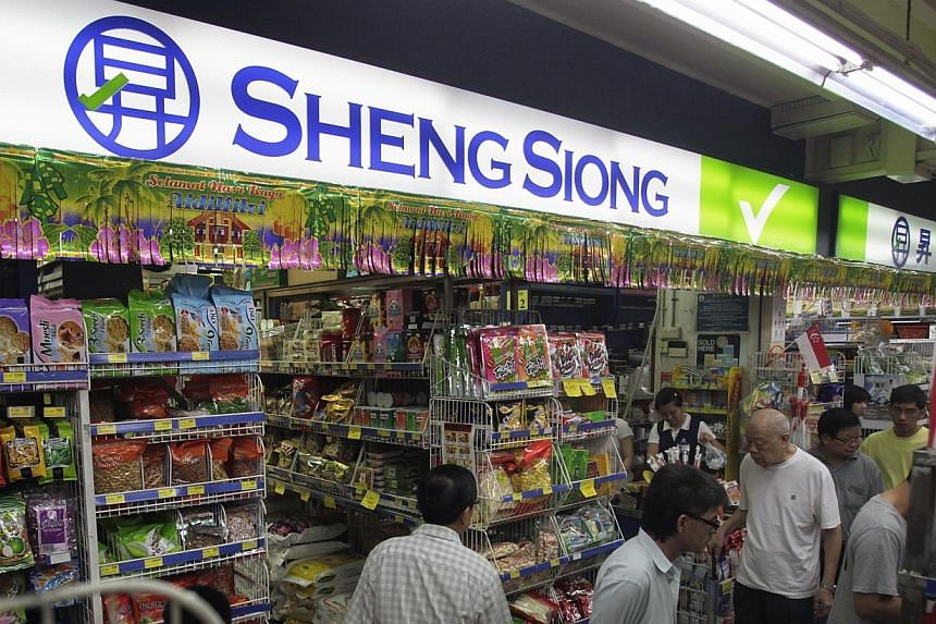 Supermarket operator Sheng Siong Group rang up a 30.3 per cent rise in net earnings to $11.1 million for the second quarter. -- PHOTO: ST FILE