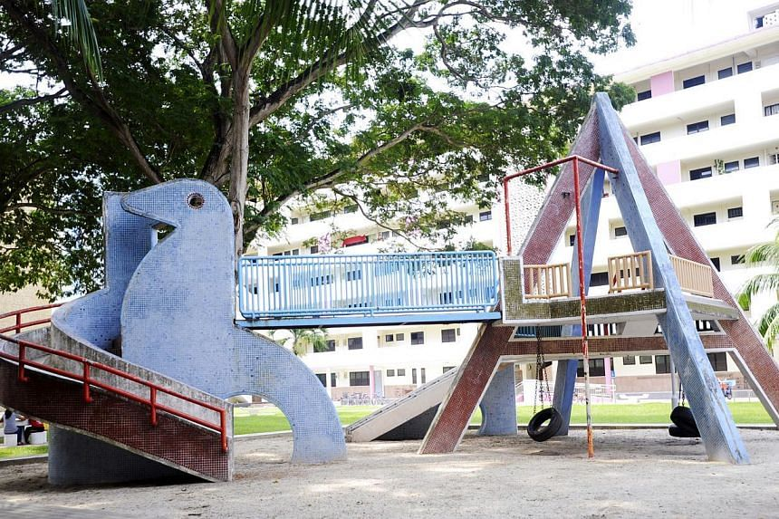 A blue dove playground sits prettily in the quiet Dakota Crescent estate. Designed in-house by HDB and estimated to have been completed in 1959, it has all the elements of an old-fashioned playground: an elevated bridge, sand pit and swings made of r