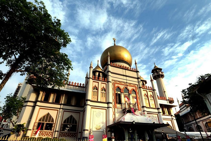 The mosque – built in 1824 and gazetted as a national monument in 1975 – will remain open to worshippers during renovation. -- ST PHOTO:CHEW SENG KIM