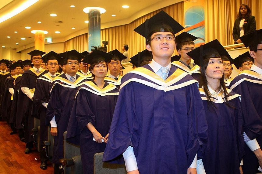 National University of Singapore engineering graduates from the class of 2010. -- PHOTO: ST FILE
