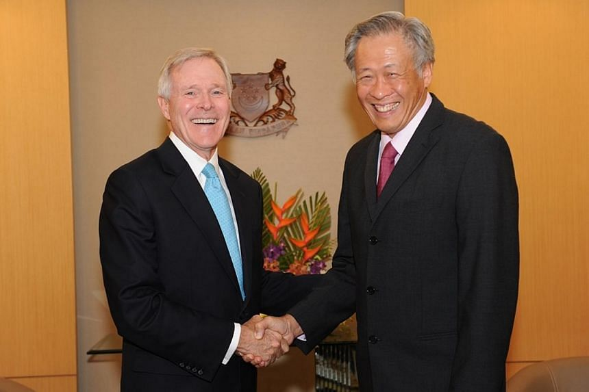 US Navy Secretary Raymond Mabus (left) calling on Defence Minister Ng Eng Hen at the Ministry of Defence on Wednesday, July 30, 2014. -- PHOTO: MINDEF