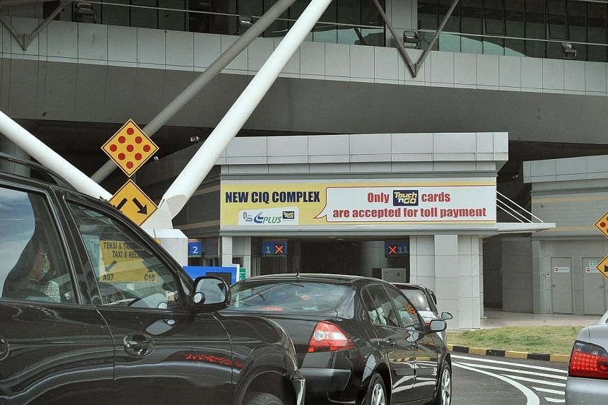 The customs checkpoint for vehicles in Johor Bahru on Dec 29, 2008.News of a toll hike at the Johor Baru Customs, Immigration and Quarantine Complex (CIQ) have upset many commuters especially those who live in Johor and travel daily to Singapor