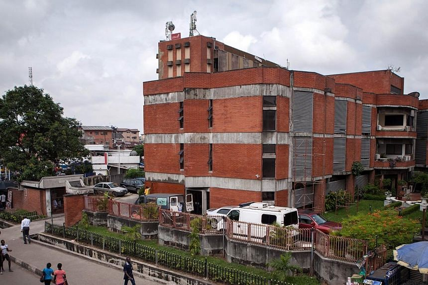 A photo taken on July 24, 2014, shows the First Consultants Medical Centre in Lagos, where allegedly a 40-year-old Liberian man died from the Ebola disease.Nigeria's civil aviation authority (NCAA) said on Thursday, July 31, 2014, it had starte