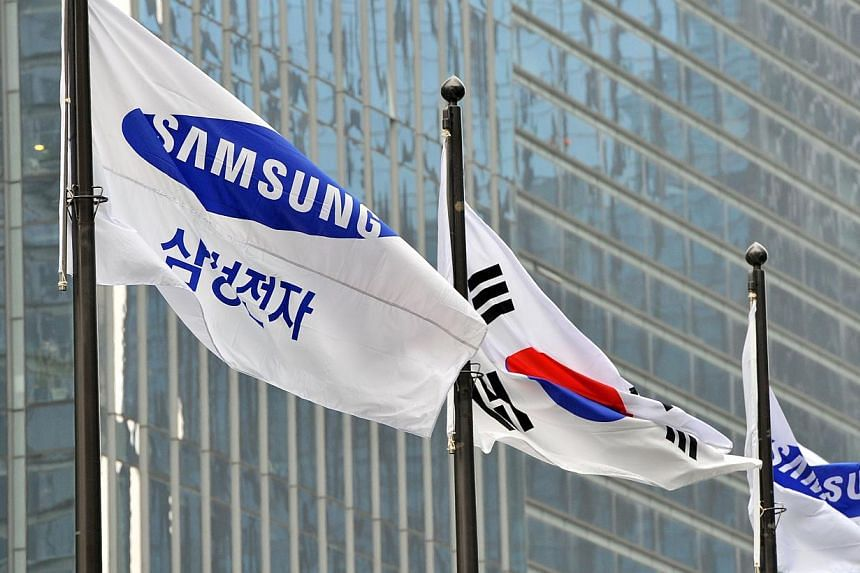 Samsung Electronics on Thursday, July 31, 2014, reported its worst quarterly profit in two years and flagged uncertain earnings prospects for its key handset business, fuelling worries about its ability to return to growth. -- PHOTO: AFP