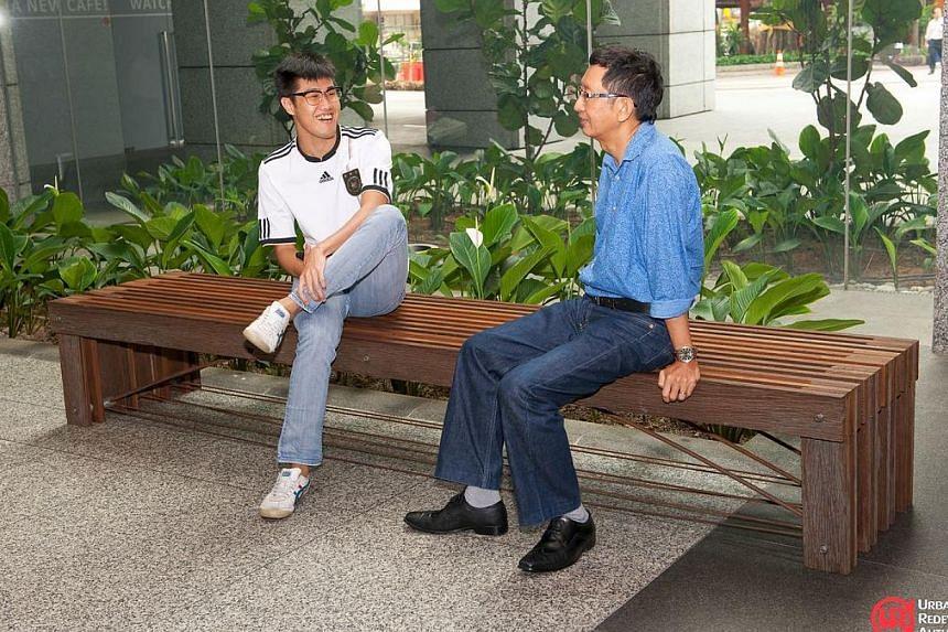 Stadium Bench by Wong Mun Summ and Richard Hassell