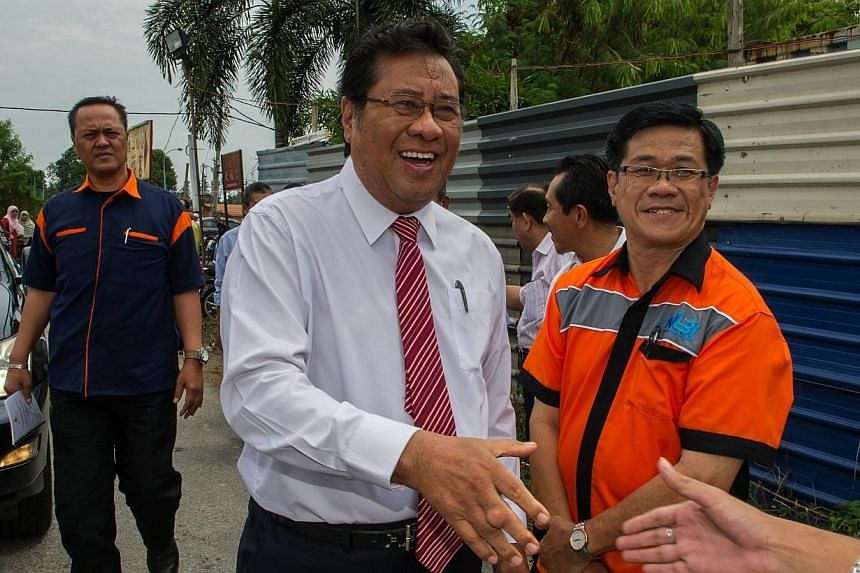 Malaysia's Parti Keadlian Rakyat (PKR) has decided to sack one of its leaders, renegade Selangor Menteri Besar Abdul Khalid Ibrahim, after he refused to face a disciplinary panel today, party officials said after its leadership meeting today.--