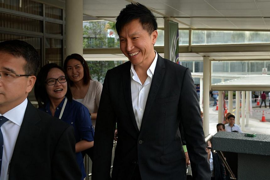 Kong Hee arriving at the State Courts on Aug 11, 2014. -- ST PHOTO: KUA CHEE SIONG