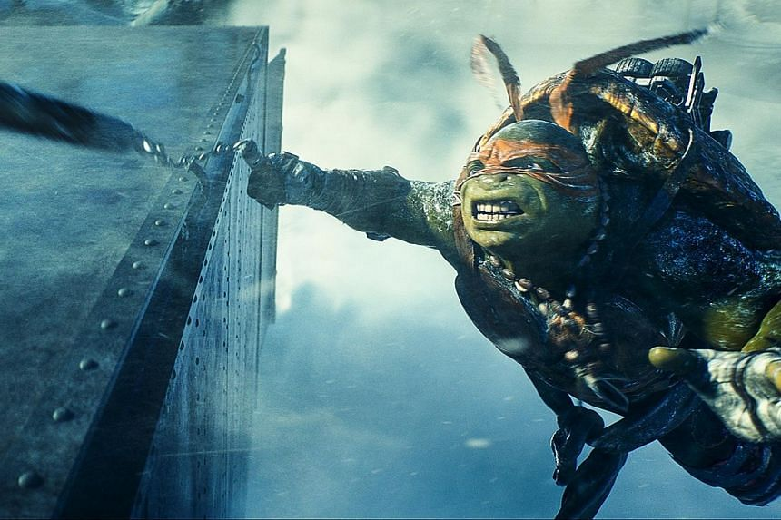 Teenage Mutant Ninja Turtles romped to the top of the US box office, dethroning Guardians Of The Galaxy in their first weekend in theaters, industry figures showed on Monday. -- PHOTO: UIP