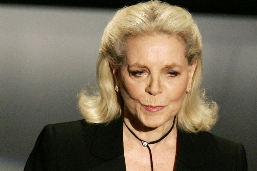 Actor Lauren Bacall presents an Oscar award at the 78th annual Academy Awards in Hollywood, California in this file picture taken March 5, 2006. Lauren Bacall, the sultry actress with the heavy-lidded eyes and husky voice who captured Humphrey Bogart