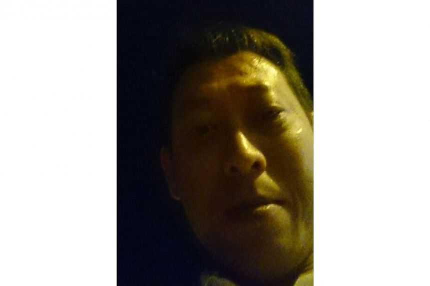 The police are appealing for this man to come forward and provide information on a case regarding a missing cell phone at Prinsep Street on June 20. -- PHOTO: SINGAPORE POLICE FORCE