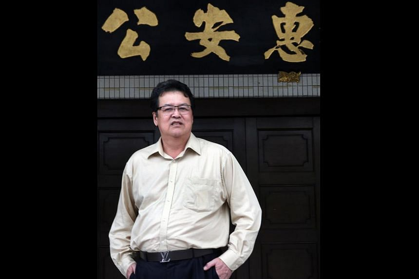 Mr Sun Lai Fong, who hails from Hui'an county in Fujian, was once turned away by the Singapore Hui Ann Association because he was not a Singapore citizen then. He went on to obtain his citizenship in 1985.