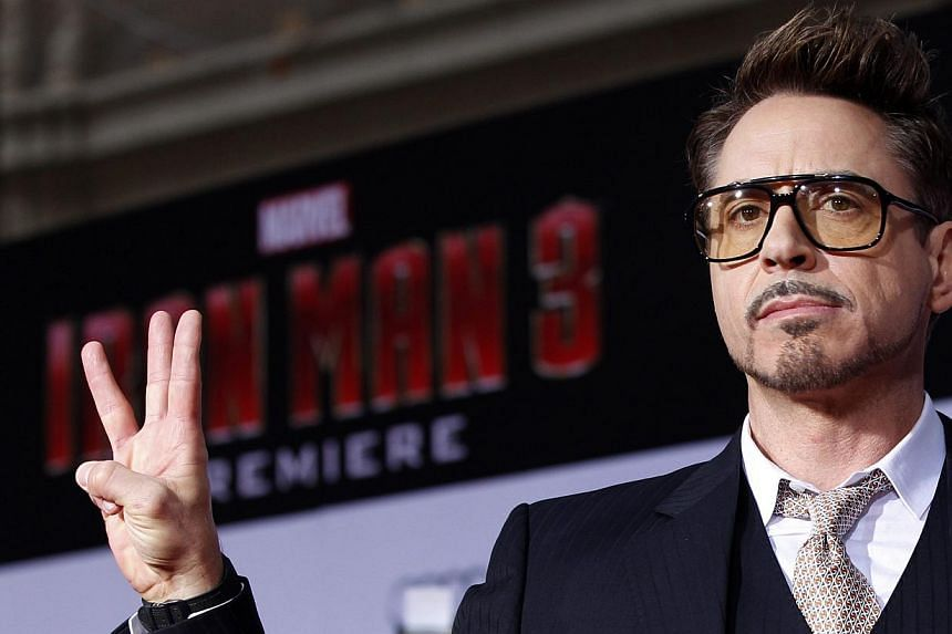Cast member Robert Downey Jr poses at the premiere of Iron Man 3 in Hollywood, California in this April 24, 2013, file photo. Downey will be on hand at the Toronto film festival for the showing of David Dobkin's The Judge, which will be among th