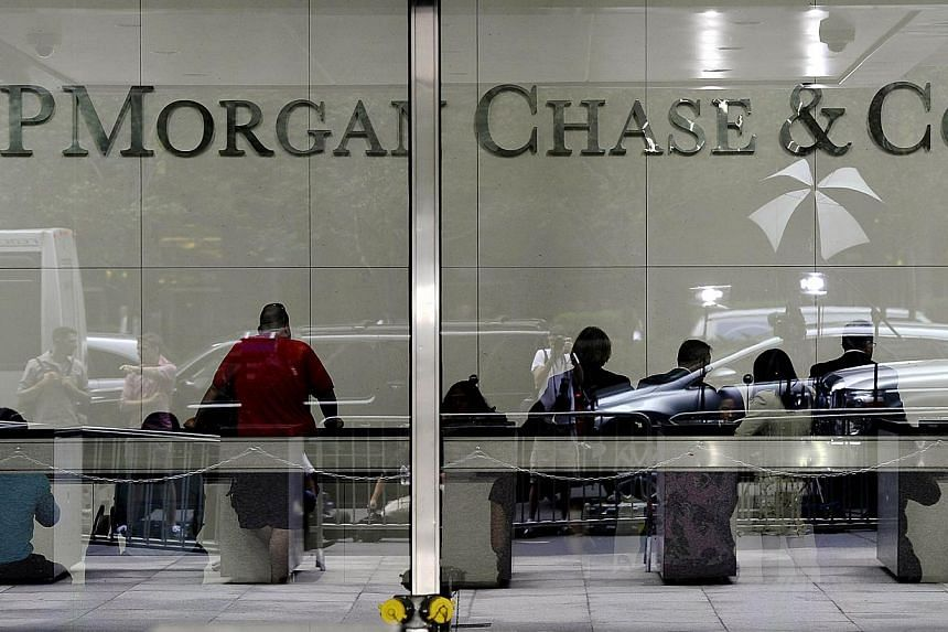 This July 13, 2012 file photo shows the entrance to the JP Morgan Chase World Headquarters on Park Avenue in New York. -- PHOTO: AFP