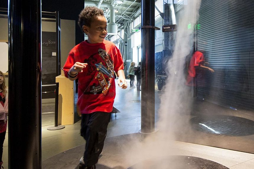 """The Exploratorium, a museum of science, art and human perception at San Francisco's waterfront, aims """"to change the way the world learns"""". -- PHOTO: NEW YORK TIMES"""