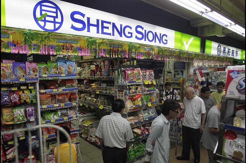 Sheng Siong announced it has entered into a non-binding letter of intent (LOI) in relation to a proposed joint venture with Kunming Luchen Group (Luchen Group) to operate supermarkets in Kunming, Yunnan, China.. -- PHOTO: ST FILE