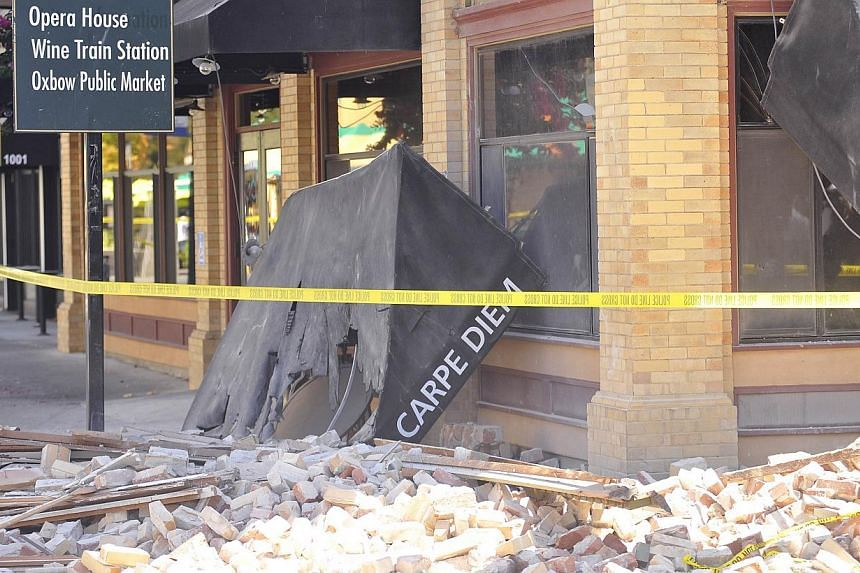 The damaged Carpe Diem restaurant is seen in Napa, California after earthquake struck the area in the early hours of August 24, 2014. -- PHOTO: AFP