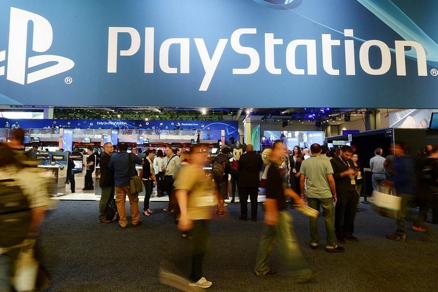 Sony Corp's PlayStation Network was back online on Monday following a cyber attack that took it down over the weekend, which coincided with a bomb scare on a US commercial flight carrying a top Sony executive. -- PHOTO: REUTERS
