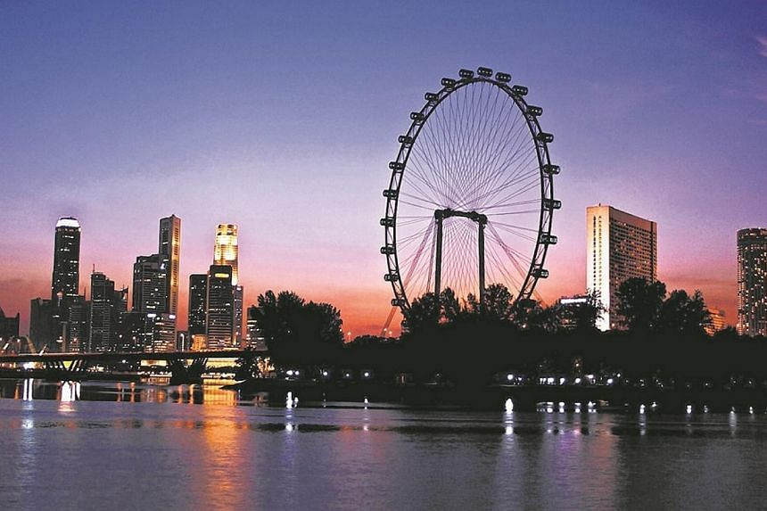 Mainboard-listed tourism company Straco Corporation has agreed to buy the troubled Singapore Flyer for $140 million in cash. -- PHOTO: SINGAPORE FLYER