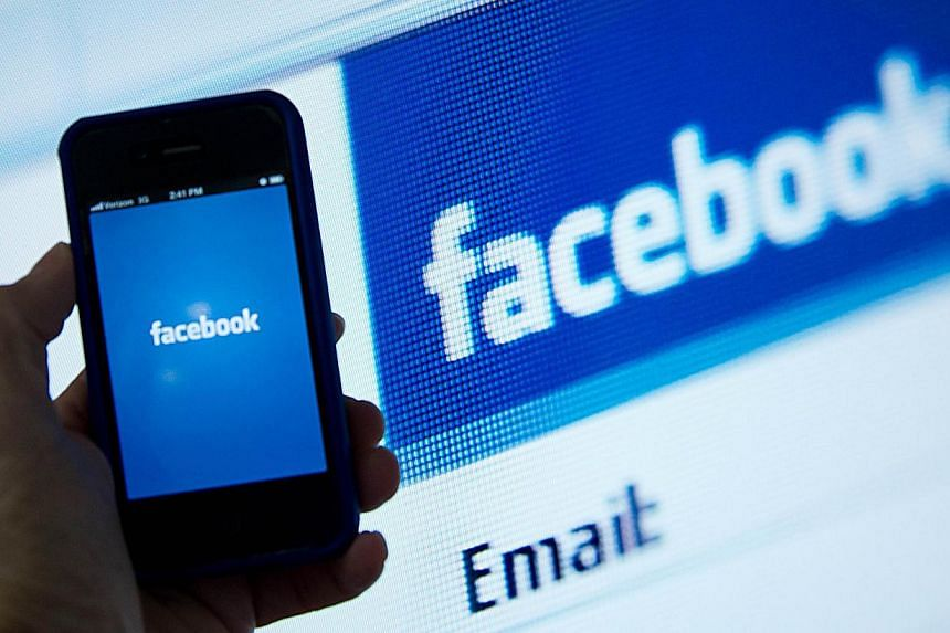 The long-held notion that new media platforms like Facebook and Twitter are the great leveller of political participation online has been debunked, at least according to a new survey. -- PHOTO: AFP