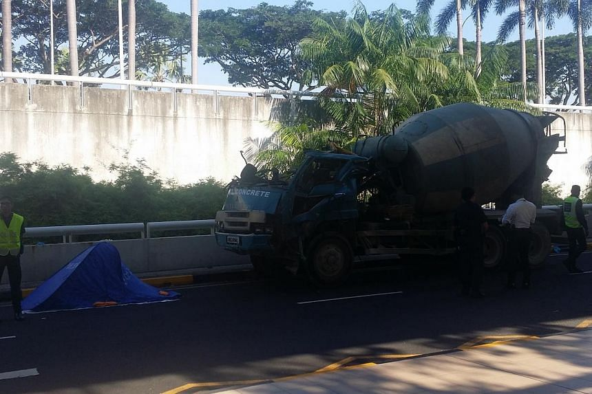 A cement mixer driver died after he was involved in an accident at Changi Airport's Terminal 3. -- ST PHOTO: JALELAH ABU BAKER