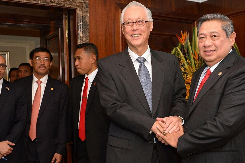 Emeritus Senior Minister Goh Chok Tong calling on President Susilo Bambang Yudhoyono yesterday. He congratulated the Indonesian leader on being awarded the Order of Temasek (First Class) on Wednesday.